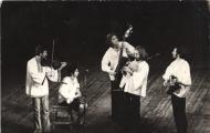 A Villő együttes tagjai voltak (balról jobbra):  Szúnyogh Xavér, Mezei Júlia, Huszár Mihály, Cserepes Károly, Bognár József